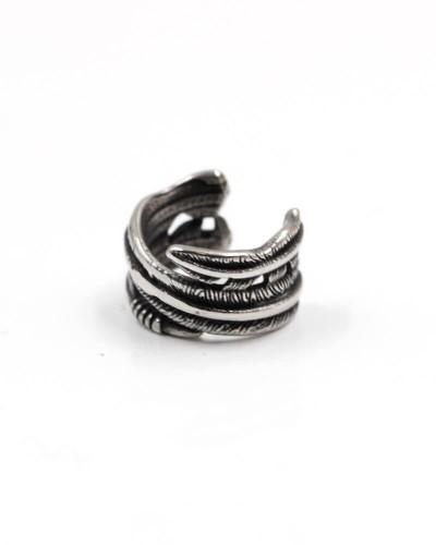 finto-orecchino-piuma-da-cartilagine-piercing-acciaio-old-skull-seregno-monza-brianza-ear-cuff-piercing