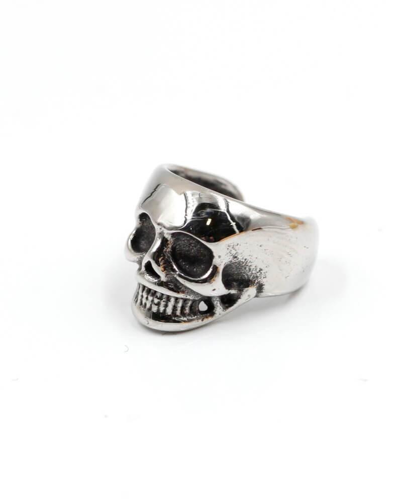 finto-orecchino-teschio-da-cartilagine-piercing-acciaio-old-skull-seregno-monza-brianza-ear-cuff-piercing